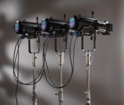 Source Four CE LED Studio HD w. Shutter Barrel, Black(7460A1221)